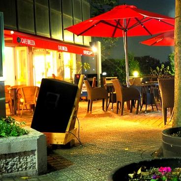CAFE BREZZA カフェ ブレッツァの雰囲気1