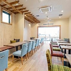 CAFE FUNNY STYLE カフェ ファニー スタイルの雰囲気1