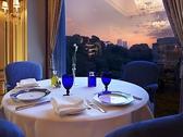 イル・テアトロ ホテル椿山荘東京の雰囲気3
