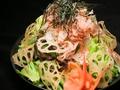 料理メニュー写真パリパリ蓮根サラダ