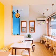 Cafe&Bakery Limone カフェ&ベーカリー リモーネの雰囲気1