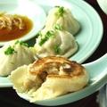 料理メニュー写真焼き小籠包(4個)
