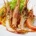 料理メニュー写真牡丹海老と旬野菜のパスタ(2人前)