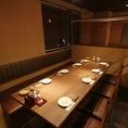 人数に合わせてテーブルをくっつけられるので、お気軽にお申し付けください☆豊田市駅徒歩1分と好立地なので、宴会の集合・解散も安心です!当店は日本酒の種類が豊富なのも自慢のひとつ。季節のおすすめもございますので、お気軽にスタッフにお聞きください♪