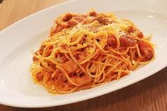料理メニュー写真自家製トマトソースパスタ