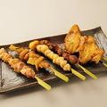 料理メニュー写真焼き鳥盛合せ(6串)