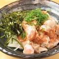 料理メニュー写真地鶏ささみの梅和え