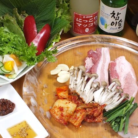 本格的な韓国家庭料理!女子に人気のチーズタッカルビも♪