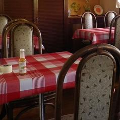 テーブルのお席です。デートにおすすめ!
