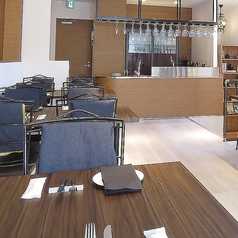 2F テーブル席