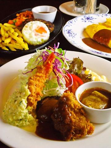 京大近くの路地にある隠れ家レストラン。リーズナブルな価格で本格洋食が食べられる。