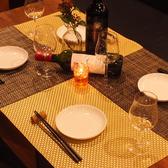 様々なシーンにも対応のテーブル席