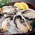 料理メニュー写真仙鳳趾 生牡蠣 【特価】 <1個>