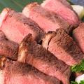 料理メニュー写真特選!牛イチボ肉のロゼステーキ