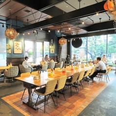 肉が旨いカフェ NICK STOCK 渡辺通り店の雰囲気1