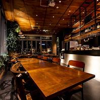 プライベートシーンにも最適な和モダン溢れる個室空間。