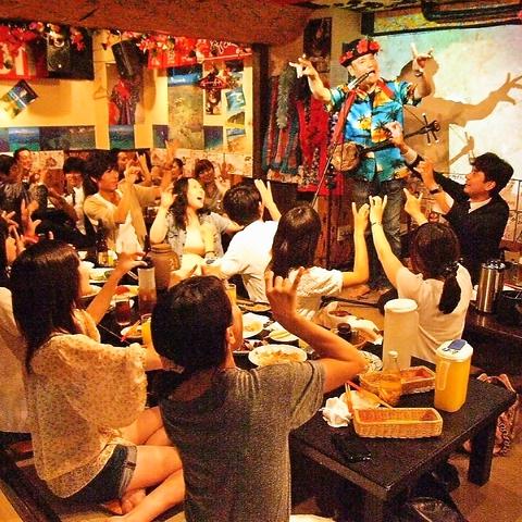 マスターのライブショー毎夜開催♪オリオンビールであり~(乾杯)♪飲み放題も