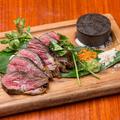 料理メニュー写真国産牛サーロインの炭火焼き