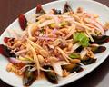 料理メニュー写真ピータンのスパイシーサラダ