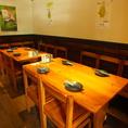 3~12名様まで利用可能なテーブル席★会社宴会などにも最適!!自慢の大串をみんなでシェア!!!