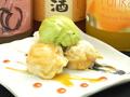 料理メニュー写真カリカリ揚げの和三盆シュークリームと季節のアイス