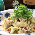 料理メニュー写真チキンとアンチョビレモンクリームパスタ