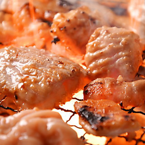 GOTOポイント利用OK!全70種コスパ最強食べ放題!!人気のお肉40種+充実サイドメニュー30種