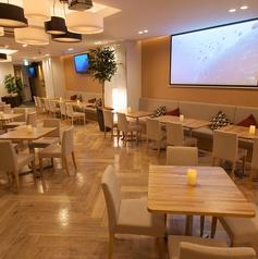 青山 Natural Brown Cafe ナチュラルブラウンカフェの雰囲気1