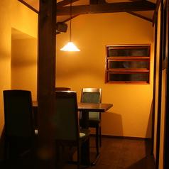 VIPルームの個室はテーブル席。