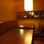 離れにもお席をご用意。顔合わせや接待等のいつもとは違ったシーンにもぴったりな落ち着いた雰囲気となっております。