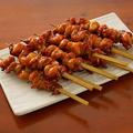 料理メニュー写真鶏皮巻き串(1本)