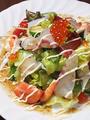 料理メニュー写真海鮮サラダ/仁淀のお豆腐ゴマだれサラダ