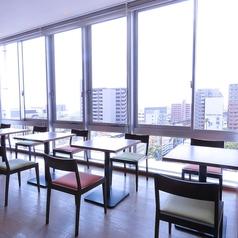 ロケーション◎8Fからの眺望を楽しみながらランチはいかがでしょうか?テーブルはつなげられますので人数に応じてお席をご用意致します!