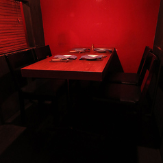 テーブル個室。女性のみのグループ。カップル。におすすめです。