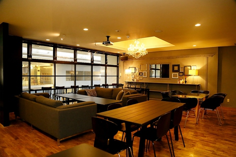 H.W.L cafe&works 竹町店