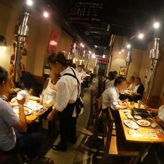【1階・焼肉席】1階は焼肉専用のお席です。焼肉宴会も大歓迎です!
