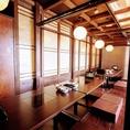個室は、プライベートの集まりや、年齢層が幅広い会社宴会にも◎6名/8名/20名等、調節OKです。