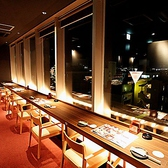 窓際カップル席は圧倒的な人気席☆八木の街を眺めながら美味しいお酒と美味しいお料理をお楽しみください