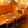 少人数の宴会にピッタリ6名テーブル席。各テーブルに換気システムがあるため空気も綺麗♪