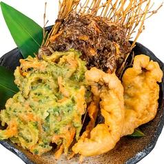 料理メニュー写真沖縄天ぷら盛り合わせ