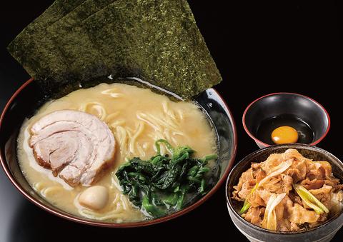 妥協を許さない本物の濃厚スープと特注中太麺のラーメンをご賞味ください!