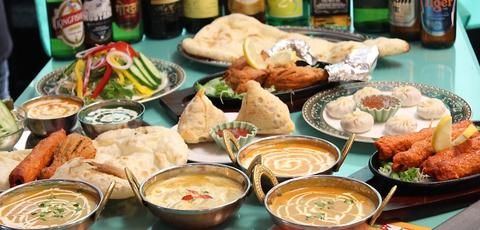 インド人スタッフが作る本場のカレーが味わえるお店。パーティーコ―スもあり。