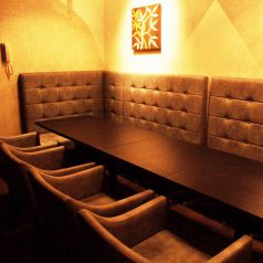 完全個室のソファーVIP個室