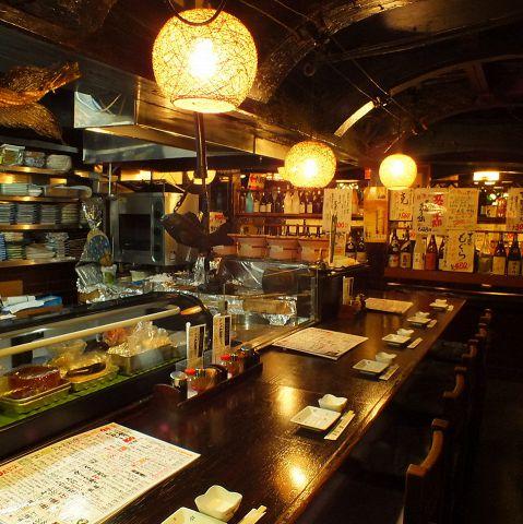 天ぷらの調理を目の前で見られるカウンター席