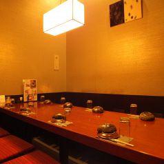 8名様用の半個室。サラリーマンの普段使い、女子会の利用、様々なシーンで利用可能です。