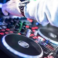 【DJ・カラオケ・モニター】最新設備完備してます♪