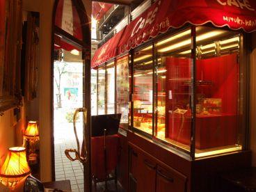 ミユキカン カフェ de GINZA MIYUKI KAN 3丁目店の雰囲気1