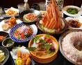 手間を惜しまず丁寧に...。毎日仕入れる新鮮な素材を熟練の技で仕上げます。お造り、揚げ物、焼き物、鍋料理など、自慢の逸品をご用意しております。季節野菜や新鮮魚介を使ったメニューも豊富にお愉しみ頂けます♪