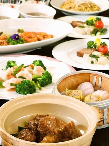 中華屋のイメージを一新するおしゃれな店内で、シェフ自慢の広東料理を召し上がれ♪