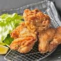 料理メニュー写真地鶏もも肉の唐揚げ 8個